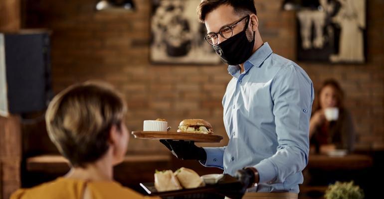 29.09.21_Como atrair clientes que estão com receio de voltar aos restaurantes.jpg
