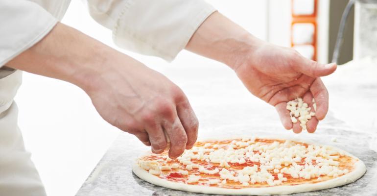 Você sabia que 90% dos ingredientes podem ser porcionados na sua pizzaria? Veja todos os detalhes neste vídeo e acompanha as novidades do mercado de pizzarias na Fispal Food Service!
